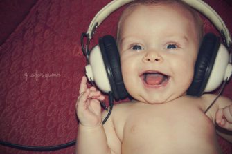 headphone baby